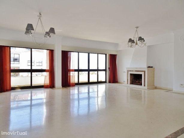T2 salão 50 m2, com vista de mar, box, Buzano, Parede