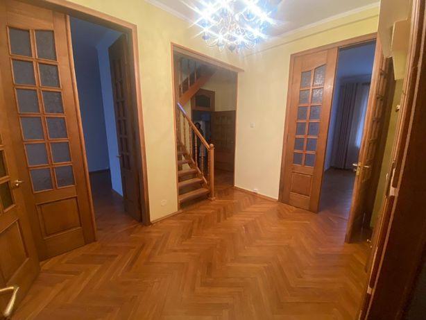 Продается элитная квартира в центре Киева, ул. Грушевского, 9