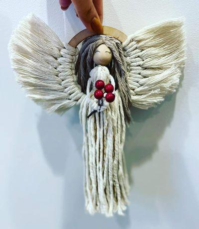 Aniołek stojący makrama