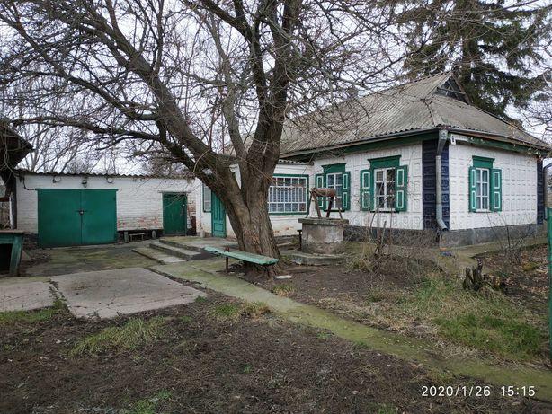 Будинок в с. Турія