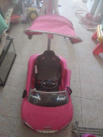 Carrinho Audi crianca