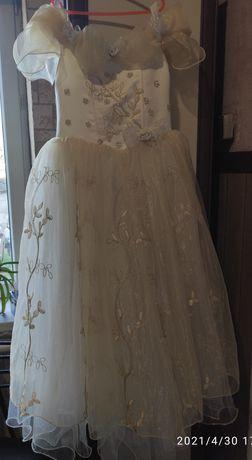 Платье с корсетом на девочку 7-10 лет