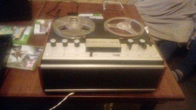 Magnetofon szpulowy COHATA