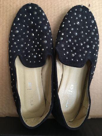 Loafers com tachas
