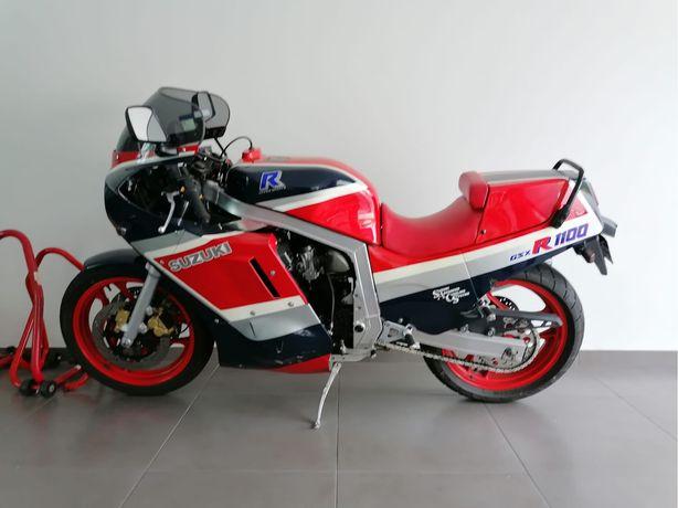 Moto Suzuki Gsx 1100