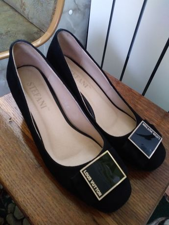 Туфли туфлі замш 36 розмір на 23-23,5 см
