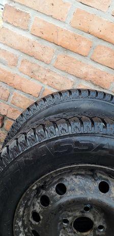 Продам зимова резина колеса шин р 14 зима