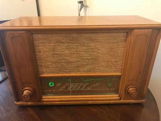 Radio antigo Orion radio