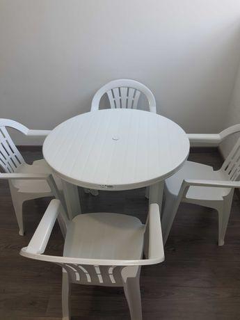 Conjunto de mesa com 4 cadeiras, esplanada