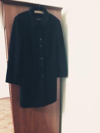 Płaszcz jesienno-zimowy czarny
