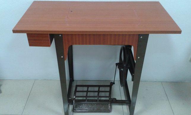 Móvel para maquina de costura doméstica