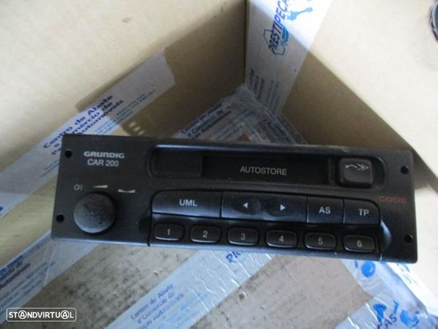RADIO CASSETE OPEL ASTRA G 90462562 OPEL / ASTRA G / 2000 / GRUNDIG / CAR200D /