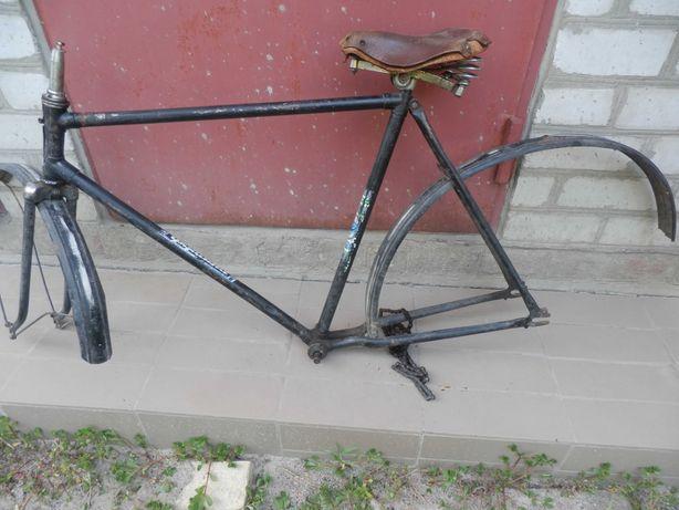 рама,седло,цепь велосипеда Украина