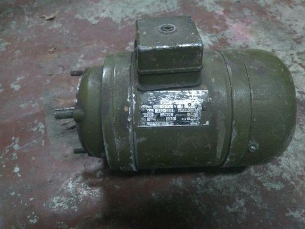 Электродвигатель АОЛ 12/2 270 Вт