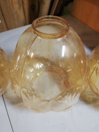Szklane klosze do lampy