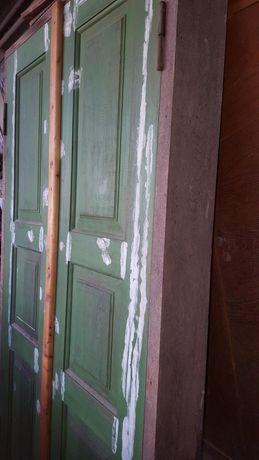 Двери новые дубовая коробка