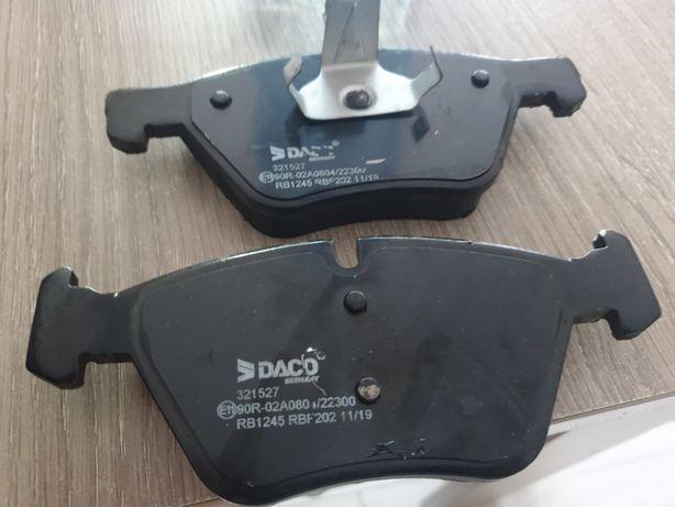 Nowe Klocki przod bmw e60 e61 520d 163