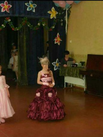 Платье карнавальное на девочку 5-10 лет