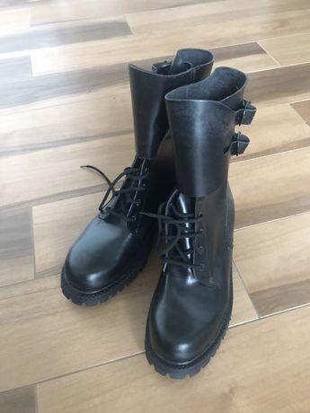 Nowe glany męskie 42 buty trapery