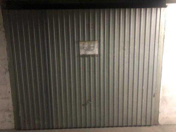 Garagem individual na  Marinha Grande - Avenida da Liberdade