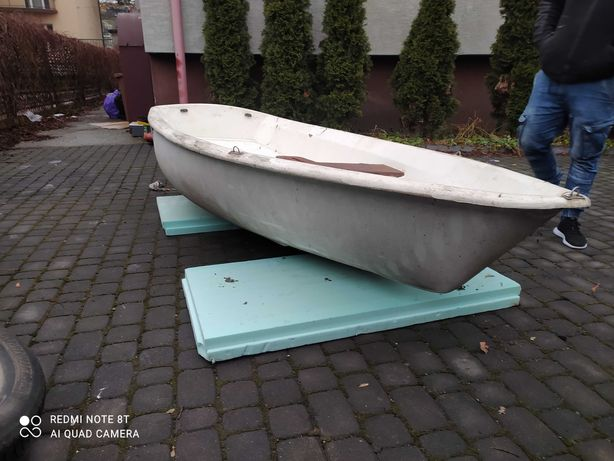 Łódka wedkarska-turystyczna-zaglowka