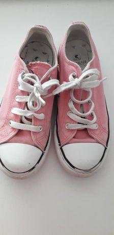 Sapatos de Lona Usado