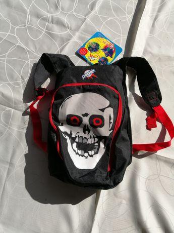 Plecaczek z przebraniem