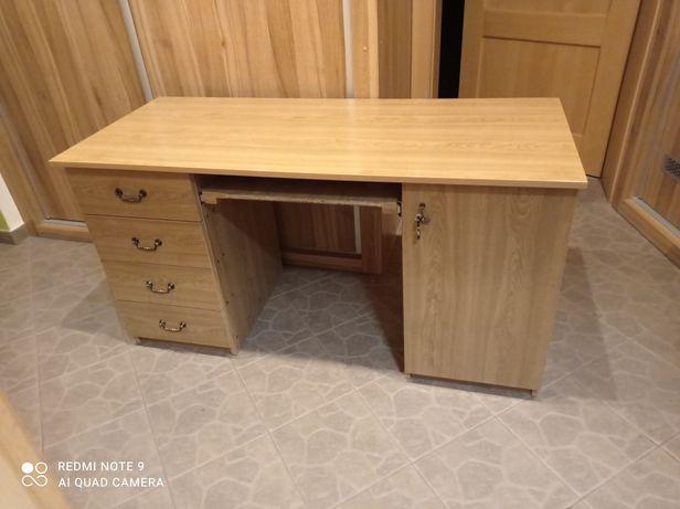 Biurko w bardzo dobrym stanie