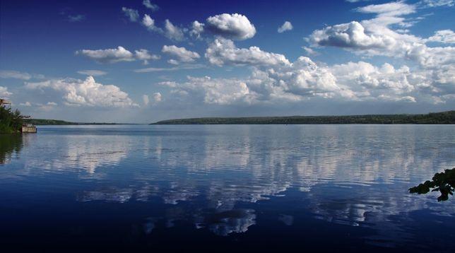 Продам участок 20 сот.со своим берегом Днепра в Волосском