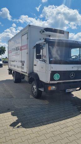 Mercedes 814 chłodnia hakowa
