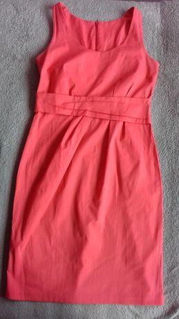 Elegancka sukienka rozmiar 40 w letnim koralowym kolorze