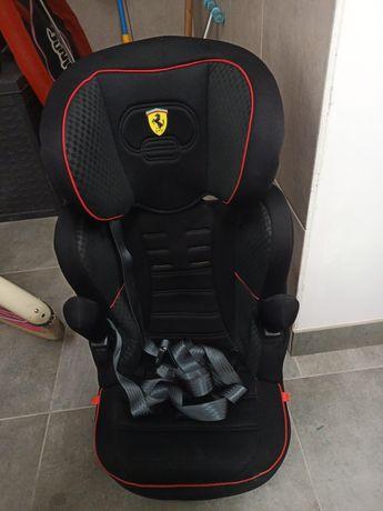 Fotelik Ferrari 15-36kg isofix