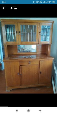 Старинный  шкаф.