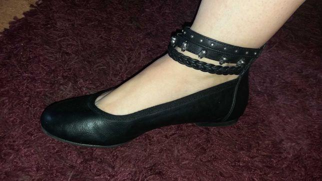 Нарядные туфли на девочку 23 см