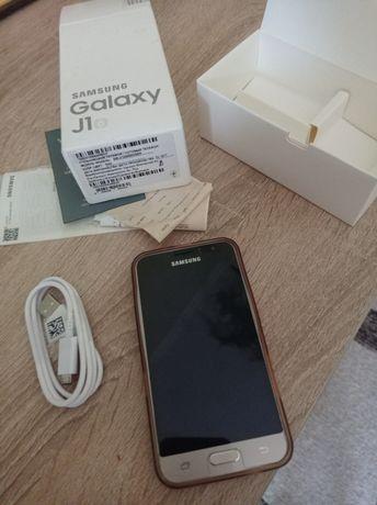 Продам отличный телефон Самсунг J120 как новый