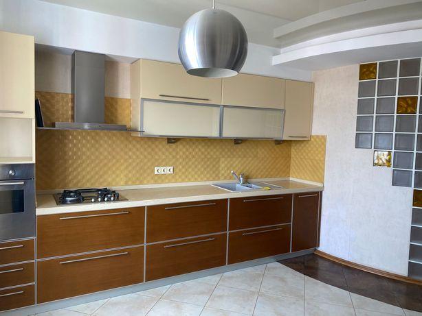 Красивая ,современная,  стильная   3х комнатная квартира в Черноморске