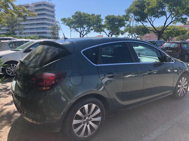 Carro Opel astra2011
