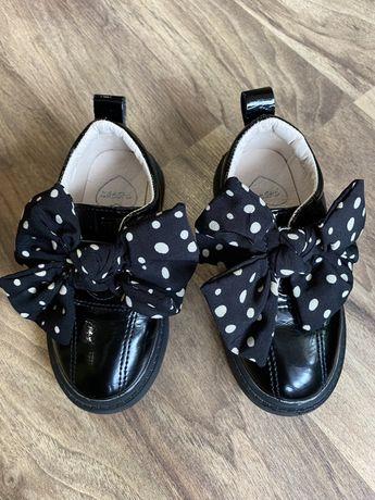 Туфли для девоки