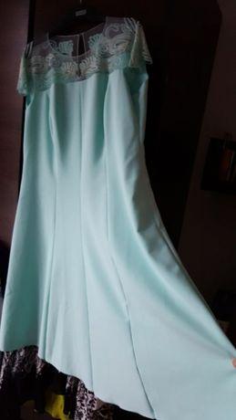 Sukienka Potis&Verso Lukka z ozdobnym dekoltem miętowa r. 46