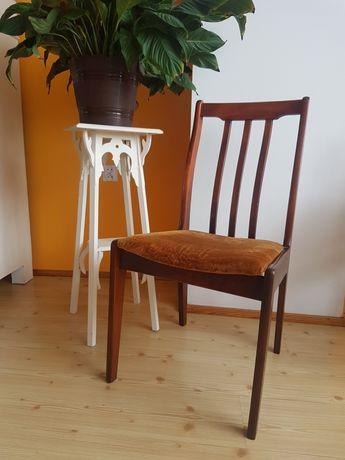 Krzesło drewniane W-136 PRL vintage drewno 4szt Opolskie Fabryki Mebli