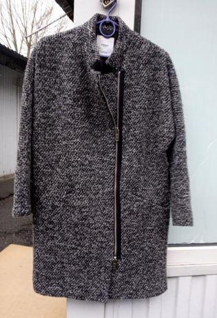 Пальто 42 розмір Mango