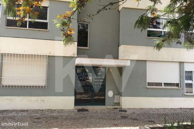 Apartamento T2 Alapraia