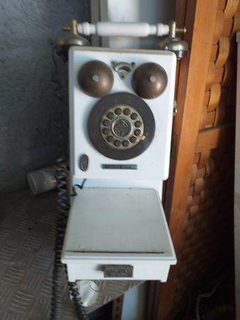 Telefone antigo para decoracao