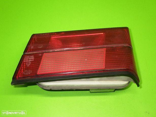 BMW: 1379398R Farolim direito da mala BMW 5 (E34) 520 i