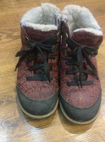 Зимове дитяче взуття, розмір 29