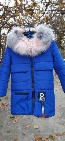 Продам зимнее пальто для девочки
