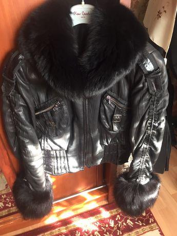 Продам брендовую женскую куртку