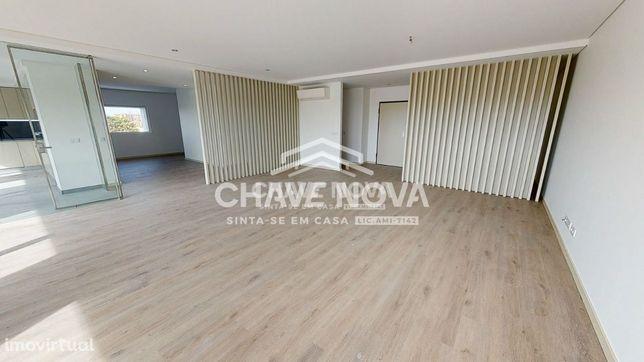 T4 Novo c/ Terraço - Edifício Eça de Queirós (Praia da Granja)