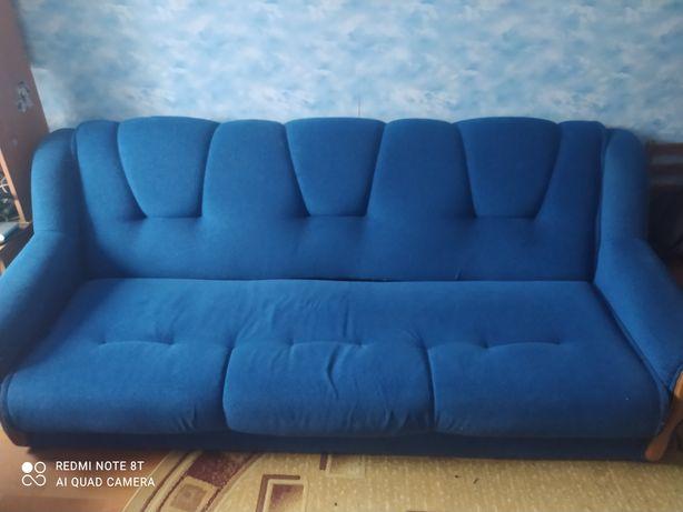 Продам синий диван