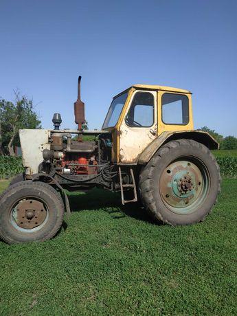 Трактор ЮМЗ- 6, робочий